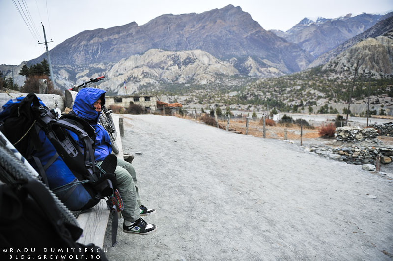 20-mountain-biking-annapurna-circuit-foto-humde-manang-cold-porter-radu-dumitrescu
