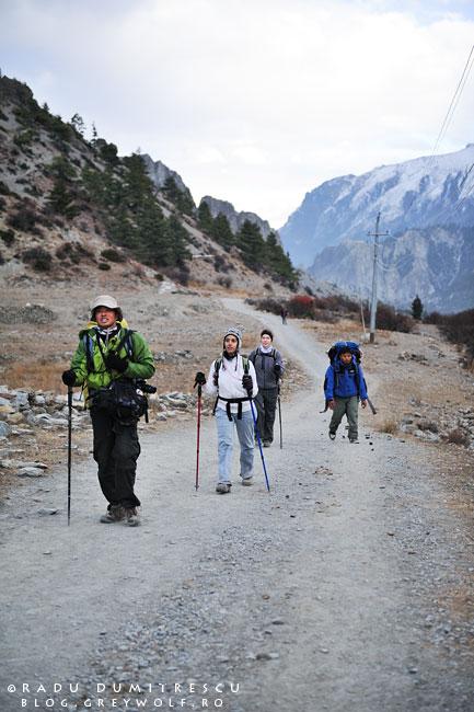 24-trekkers-chinese-braka-manang-mountain-biking-annapurna-circuit-foto-radu-dumitrescu