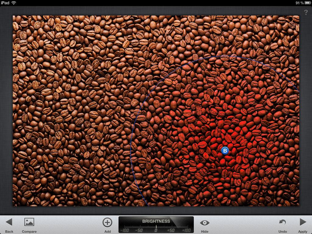 Captura de ecran cu ajustarea razei de acțiune a modifierului din Selective Adjust din Snapseed pentru iPad