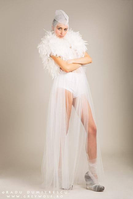 Fotografie de fashion în studio realizată de Radu Dumitrescu