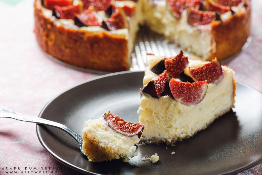 Fotografie culinară - tarta de branza cu smochine - by Radu Dumitrescu