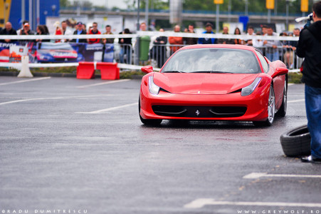 Read more about the article Ferrari 458 Launching – Romania