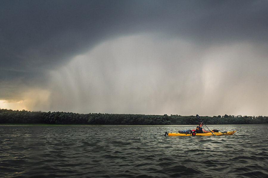 Furtună supercelulară la Cernavodă - caiac pe Dunăre TID Romania